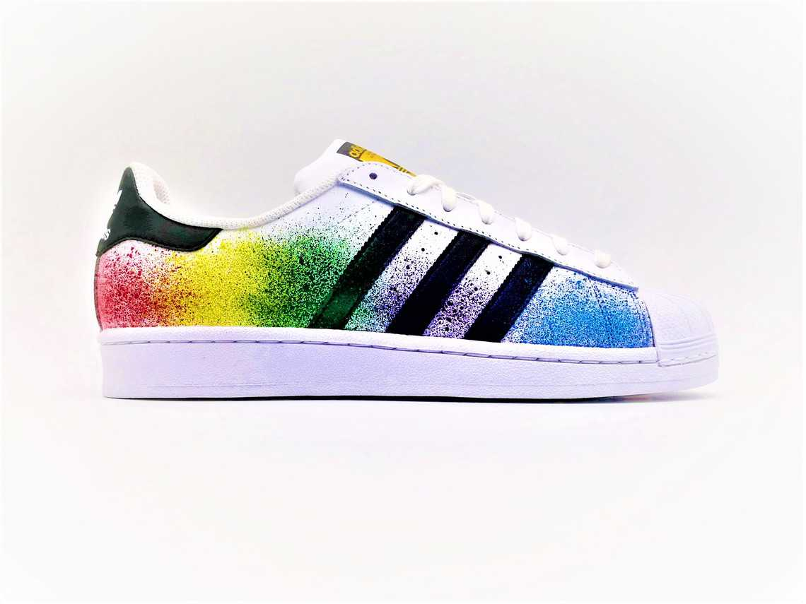 Réduction authentique adidas superstar splash Baskets